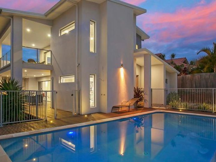68 Sea Eagle Drive, Burleigh Waters, QLD
