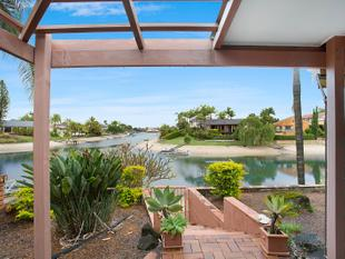 Entry Level Waterfront Home in Sorrento - Sorrento