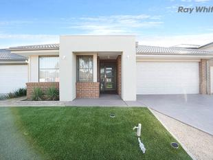 Family Home - 3030 Estate - Point Cook