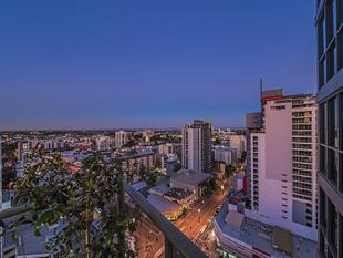 NORTH EAST FACING FAIRLANES BEAUTY UNDER OFFER - East Perth