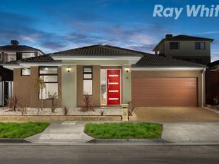 Contemporary Luxury in Unbeatable Location - Mernda