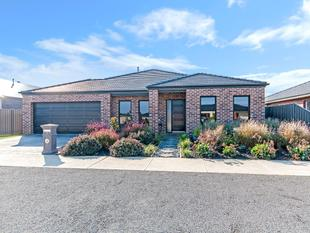 STUNNING SPECIFICATIONS - Warrnambool