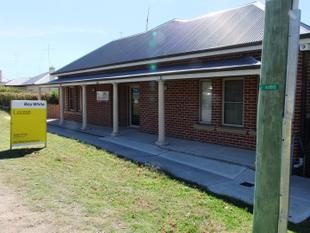 BUSY STREET FRONTAGE OFFICE SPACE - Bathurst