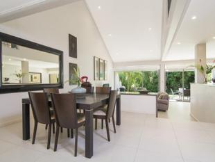 MUST BE SOLD, ALL OFFERS WILL BE CONSIDERED - Immaculately Renovated Mirage Villa - Port Douglas