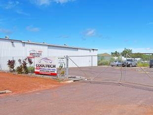 Warehouse With 2400 m Secure Hardstand - Berrimah
