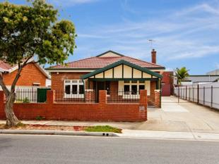 Neat Charactor Bungalow - Beverley