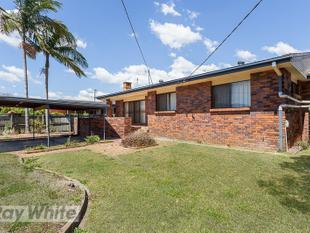 GREAT FAMILY HOME! - Sunnybank