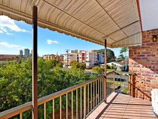 North Facing Top Floor Unit With Low Body Corp - Biggera Waters