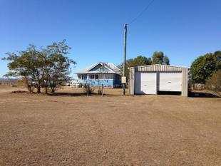 House and Shed on 10 Acres - Lockyer Waters