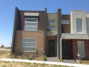 Trendy Townhouse - Epping