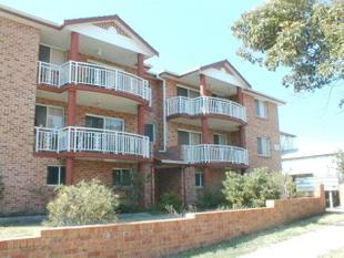 Great Location, Large Unit - Campsie