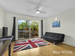 Stylish Apartment With Huge Kitchen! - Alderley