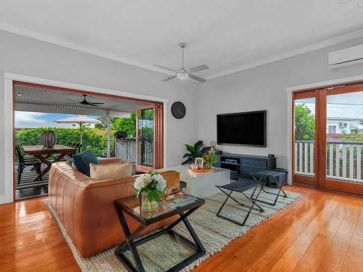 92 Adelaide Street, Clayfield, QLD