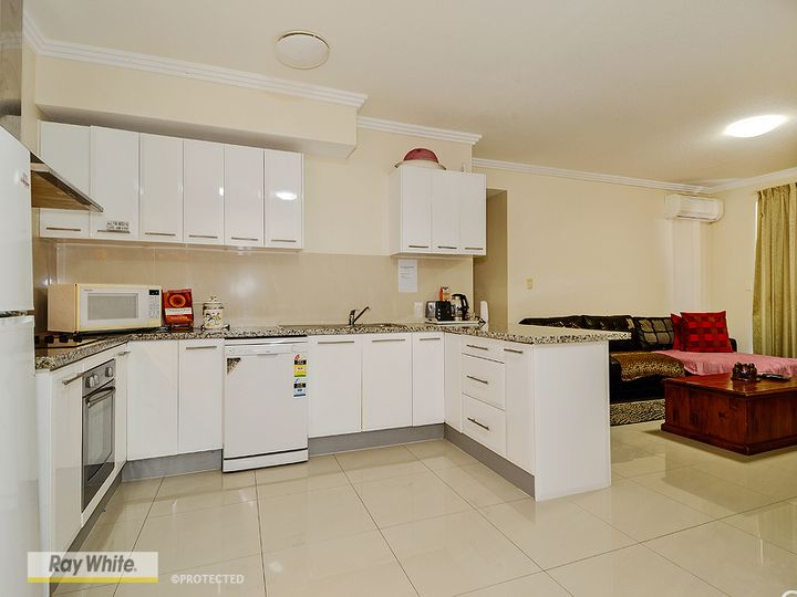 6/32 Rock Street, Scarborough, QLD