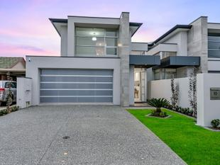 UNRIVALLED BRAND NEW 2 STOREY MASTERPIECE! LUXURIOUSLY APPOINTED! - Henley Beach