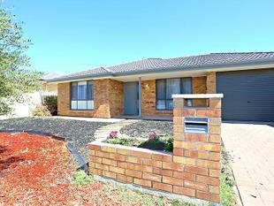 NEST OR INVEST IN THIS VALUED PACKED HOME!! - Munno Para West