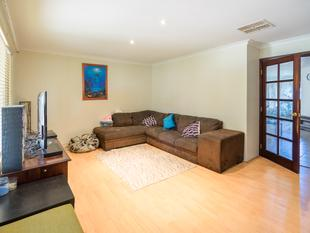 3 Seperate living areas! - Mirrabooka
