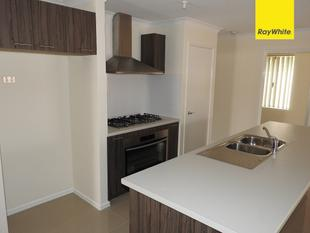 HOME 5 IN A COMPLEX OF 5 FOR SALE - HUGE PRICE REDUCTION - Gosnells