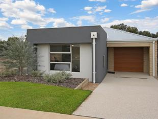 BEAUTIFULLY FURNISHED HOME - Yarrawonga