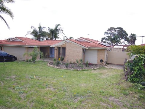 Alexander Heights, 15 Daventry Drive