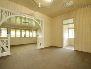 Queenslander Home In Fantastic Location - North Ipswich