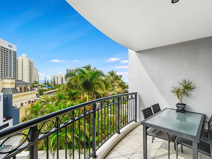 2083/23 Ferny Avenue, Surfers Paradise, QLD
