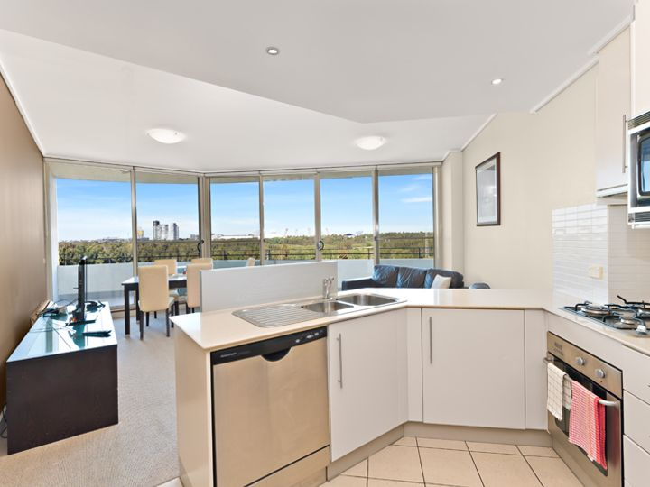 704/1 The Piazza, Wentworth Point, NSW