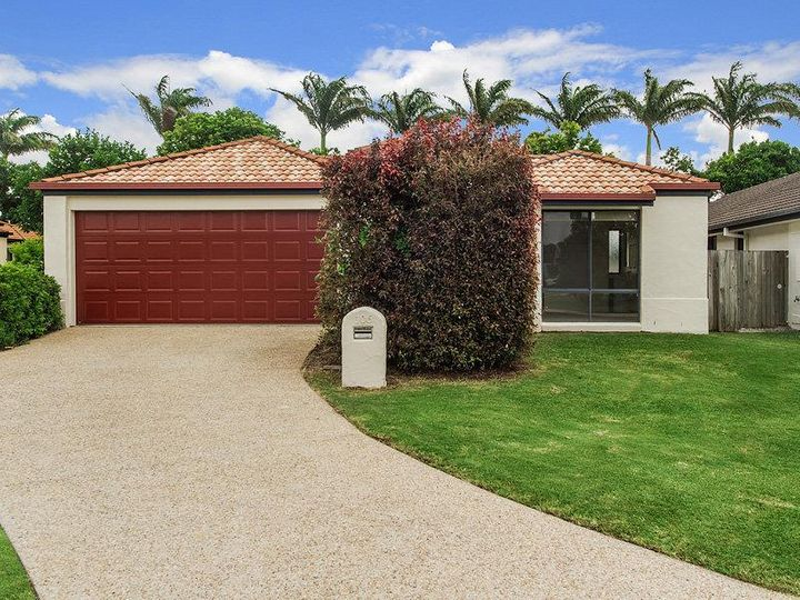 106 Serafina Drive, Helensvale, QLD