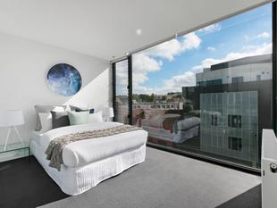 Luxury & Lifestyle Come Together - St Kilda