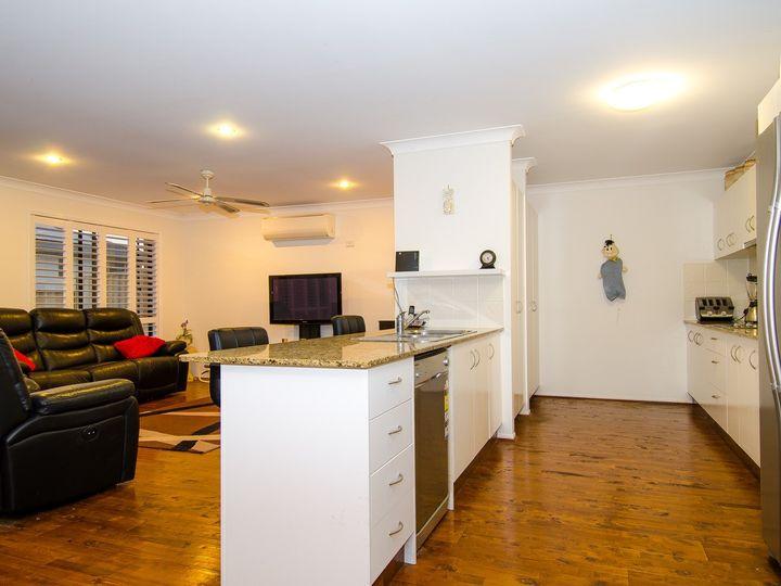 8 Noelene Lane, Arundel, QLD
