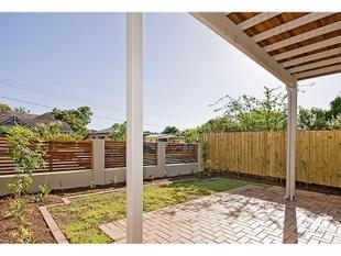 SPACIOUS AND MODERN STAND ALONE TOWNHOUSE $470 P/W - Nundah