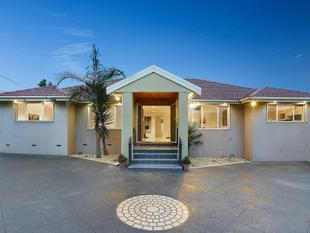 Five bedrooms in the heart of Campbellfield - Campbellfield