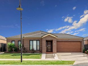 Family Home In Premium Location - Tarneit