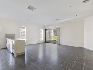 Family home - Close to Tarneit train station - Tarneit