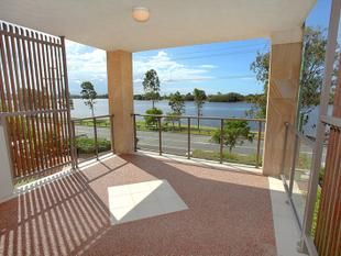 Spacious & Classy on the Riverfront - Maroochydore