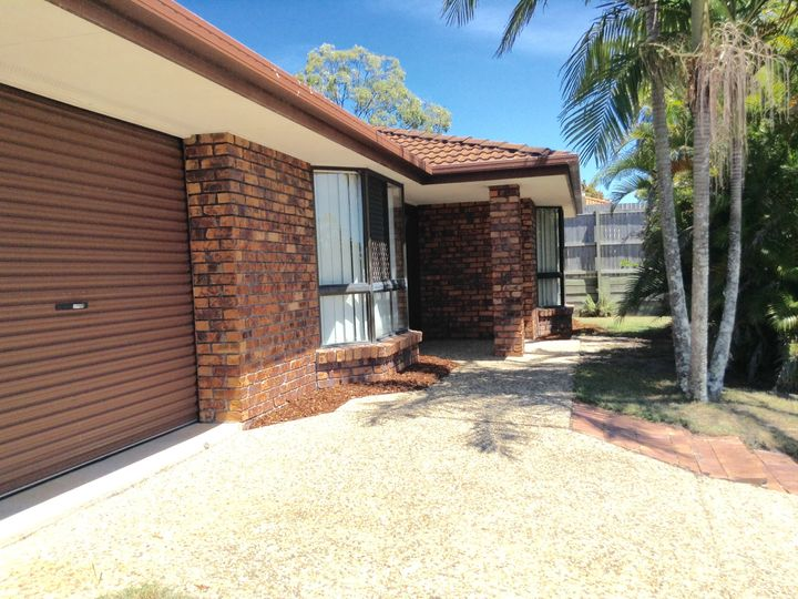 76 Oldfield Road, Sinnamon Park, QLD