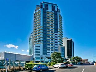 Fully Furnished 1 Bedroom Apartment - Takapuna
