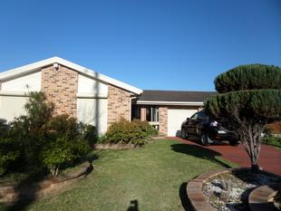 FOUR BEDROOM HOME - Hinchinbrook