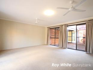 Well maintained Lovely Townhome - Robertson