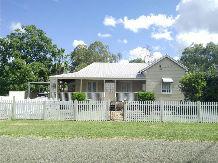 29 Middle Street, Esk, QLD