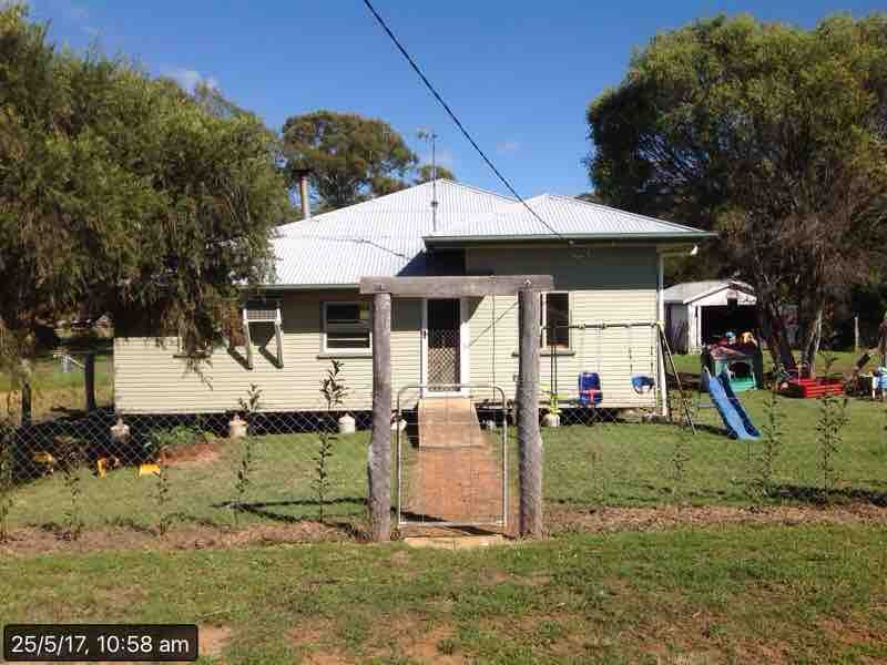 House Leased Crows Nest Qld 15 Devoncourt Road