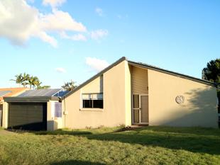 3 Beds comfy lowset at 10 Mesquite St, Sunnybank Hills - Sunnybank Hills