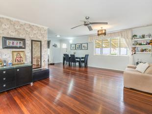 FAMILY HOME ON MASSIVE 750sqm!!! - Mount Gravatt