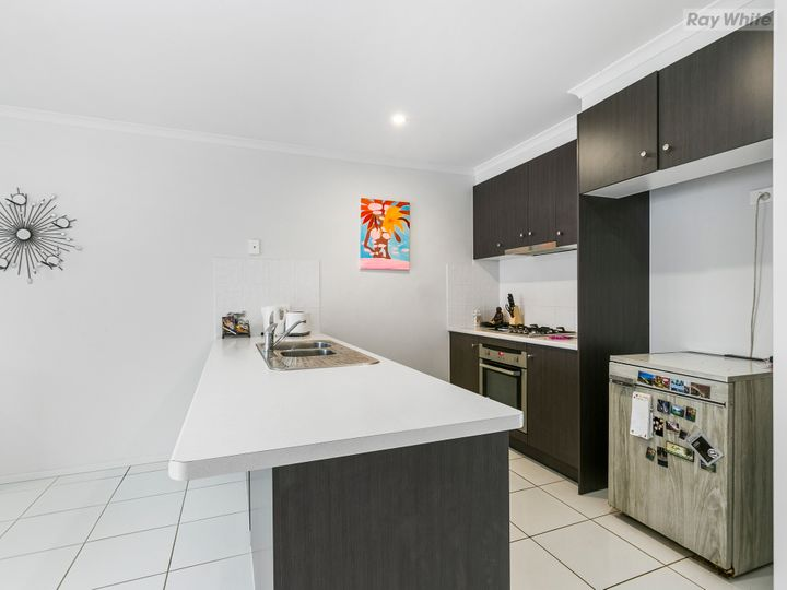 2/58 Glorious Promenade, Redbank Plains, QLD