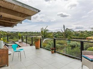 Kerikeri Stunner with water views - Kerikeri