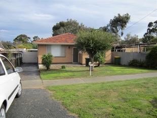 ON FREO'S DOORSTEP  - REDUCED TO $330.00 PW.  HOME OPEN FRIDAY 22 SEPT.....3.00 - 3.15 - Beaconsfield