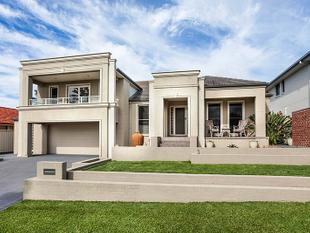 Split Level Splendour - Shell Cove
