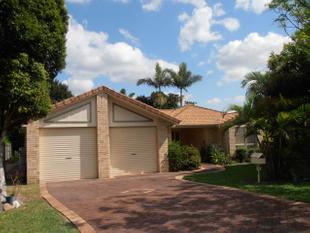 Lovely Home in Stretton -  Calamvale College Catchment - 1 week rent free for 12 mth lease - Stretton