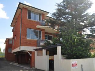 Modern unit Located in Dudley St!! - Punchbowl