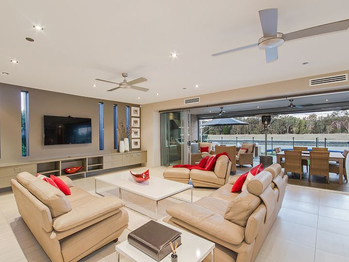 51 Marina Parade, Jacobs Well, QLD